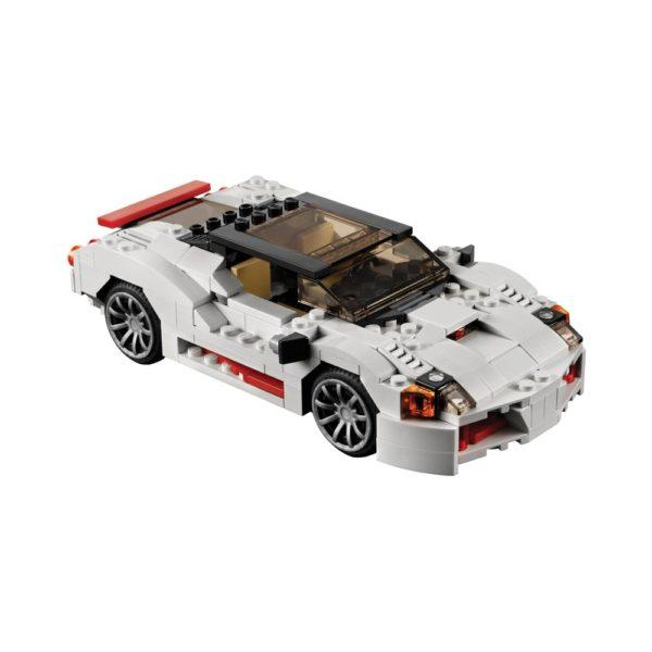 Brickly - 31006 Lego Creator Highway Speedster - Build 1